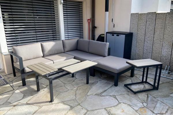 Structure fonctionnelle de la table de lounge Leo en Stone Grey