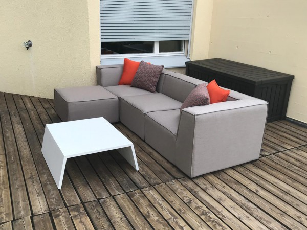Adriane garden lounge made of Sunbrella in sand brown