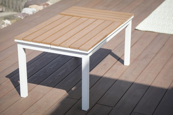 Leo lounge table with functional frame in white