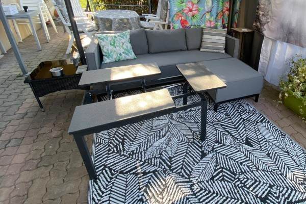 Moon lounge table with functional frame in grey