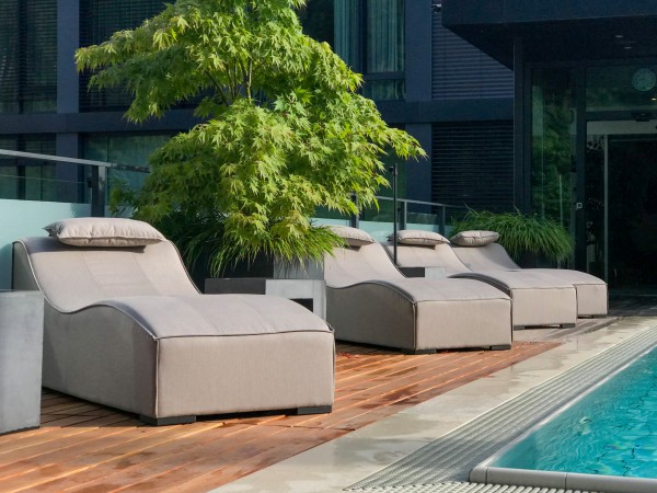 Sun outdoor lounger in sand brown