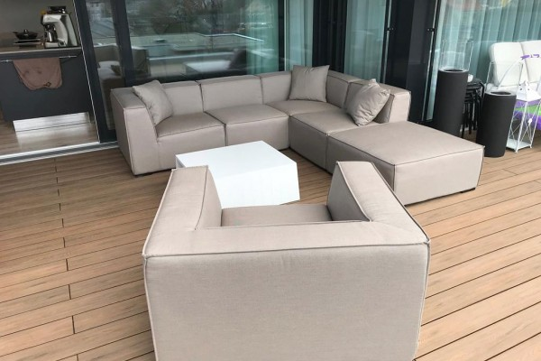 Agens Deluxe outdoor lounge in sand brown
